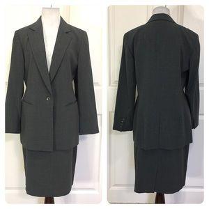 Emanuel Ungaro gray suit
